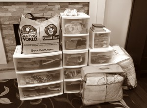 It looks like a lot, but it really only took me 30 minutes to pack all those drawers!